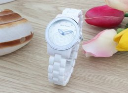 Wholesale Vintage Pointer - Hollow out a pointer watch designs the dial vintage elegance ceramic white waterproof students watch