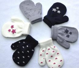 Wholesale Baby Gloves Wholesale - 50pairs lot 2016 Kids Dot Star Heart Pattern winter Mittens Baby Knitting Warm Soft Gloves Kids Boys&Girls Mittens Unisex Children's Mittens