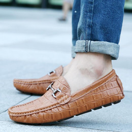 Wholesale Mens White Loafer - Casual Driving Shoes Male Fashion Alligator Pattern Doug Shoes Mens Super Soft Genuine Leather Loafers Lazy Shoes Men 39-44