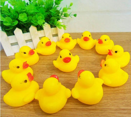 Wholesale Rubber Duck Cartoon - Wholesale Baby Bath Water Toy toys Sounds Yellow Rubber Ducks Kids Bathe Children Swimming Beach Gifts Gear Baby Kids Bath Water Toy ZF 001