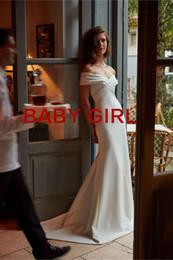 Décolleté en cœur sur mesure à l'épaule et au dos Longueur de plancher avec zip superbes robes de mariée Empire sexy et belles ? partir de fabricateur