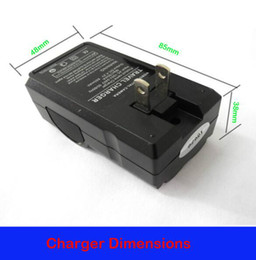 Wholesale Portable Charger Price - Free Shipping!!Dual Slots Universal 18650 battery charger Factory price smart and portable travel charger for 18650 lithium battery