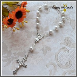 Wholesale White Rosaries - 50pcs lot Religious Gifts Multi Colors Glass Pearl Rosary Bracelet Children's Communion Baby's Baptism Favor Decade White Pearl Mini Rosary