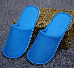 Wholesale One Size Slippers - High quality Disposable slippers Hotels Guesthouse Men and Women slippers Home Hospitality One Size Non-woven Thick slip Individually packag