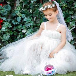 Wholesale Dresse For Girls - Beautiful Flower Girls Dresses for Weddings Spaghetti Straps Christmas Beauty Pageant Dresses for Girls Floor Length Tulle Communion Dresse