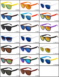 Wholesale Men Sport Sunglases - Retro Sunglases Newest Designer Sport Cycling Sunglasses Women Mens Sport Eyewears 20 Colors GSA004