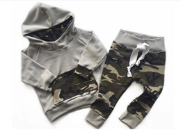 Wholesale 2t Hoodie - 2017 Baby Clothing Sets Boys Girls Camouflage Hoodies Tops Pants 2Pcs Set Autumn Toddler Pullover Boutique Clothes Infant Outfits