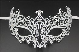 Wholesale Sexy Pure School - Gorgeous Half Face Masks Hollow Lace Pure Metal Masks Sexy Design Mardi Gras Venetian Masquerade Masks Black