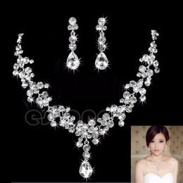 Wholesale Cheap Fashion Free Shipping - 2017 Hot Women Fashion Bridal Rhinestone Crystal Drop Necklace Earring Plated Jewelry Set Wedding Earrings Pendant Cheap Free Shipping