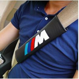 Fibra de carbono para la cubierta del coche online-Cojín de hombro del caso de la cubierta del cinturón de seguridad del estilo del coche de la fibra de carbono para BMW E46 E39 E90 E60 F30 F10 F20 E36 X5 E53 X3 E34 E30 Car-Styling