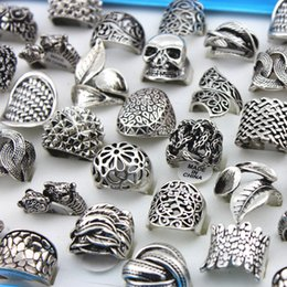 Wholesale antique vintage wedding bands - Alloy Skull Skeleton Carved Rings Mixed Styles Men's Rings Retro Hollow out Vintage Antique Silver Finger Jewelry