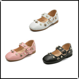 Wholesale Kids Designer Shoes Wholesale - 2017 New Fashion Rivet Princess Toddler Casual Shoes Leather Kids Girl Designer Low-heeled Children Shoes For Baby Girls Pink White KW-SH069