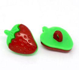 Отверстие 21 онлайн-Бесплатная доставка 21*16 мм зеленые листья красная клубника форма кнопки швейные notionstools акриловые кнопки одно отверстие швейные кнопки#00113#