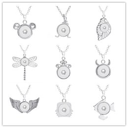 Wholesale Dragonfly Fishing - Fashion Wing Leaf Fish Clock Dragonfly Snap Button Jewelry Round Pendant Necklace With Link Chain Necklace Fit 18mm Snap Button Necklace For