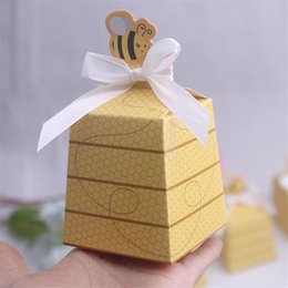 Wholesale Baby Shower Favors Gifts - Wholesale- 20pcs lot Cute Little Bee Paper Candy Box for Baby Shower Birthday Favors and Gifts Kids Party Decorative Supplies