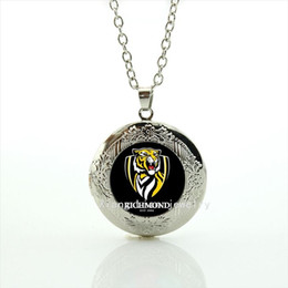 Wholesale white tiger plate - New Design High Quality Fashion men jewelry locket necklace Richmond est 1885 tiger picture necklace for men NF013