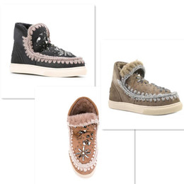 Wholesale Rubber Sole Shoes Materials - 2017 Eskimo New Winter Style Snow Ankle Boots 100% Fur Material Platform with Rhinestone Rubber Sole Shoes For Women size 35-40
