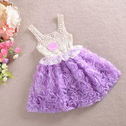 Robe en dentelle fleurie fille en Ligne-vêtements de bébé princesse filles robe de fleur robe de tutu de bébé fille fleur creuse avec robe en dentelle de pétale coloré robe Bubble Jupe vêtements de bébé