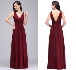 Wholesale Cheapest Bridesmaids Dresses - 2018 New Cheapest Burgundy Chiffon Designer Bridesmaid Dresses Simple Modest V Neck Maid of Honor Gowns For Wedding Cps730