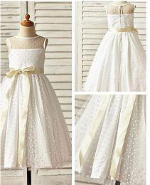 Wholesale Exquiste Wedding Dress - 2016 Free Shipping Exquiste Girl Dresses Sleeveless Flower Girl Dresses Pure Girl Pageant Dresses Wedding Accessories New Arrival
