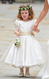Wholesale Green Kate Middleton Dress - Elegant Kate Middleton Wedding Flower Girl Dresses Crew Satin Short Sleeves Bow Sash Pleats Party Gown
