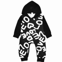 Tenues d'automne pour bébé en Ligne-En gros Hiver Automne Infantile Combinaison Lettres Imprimé À Manches Longues Nouveau-Né Tenue Mode Enfants À Capuche Combinaison Livraison Gratuite