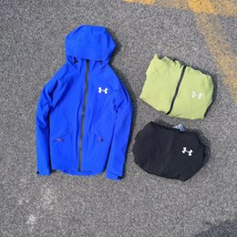 Wholesale Lover Clothes Couples - UA autumn jacket lover couples clothes armor warm waterproof Under soft coat outdoor sports jackets Hiking Camping Jackets tops Sweater
