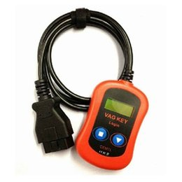 Claves de código pin online-DHL libera el envío VAG PIN Code Code / Key Programmer Device a través de OBD2 vag key login alta calidad vag key programmer