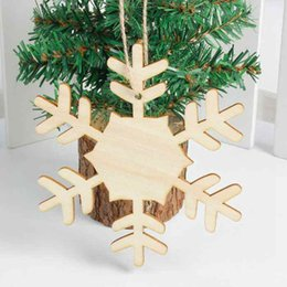 Wooden Christmas Trinkets Snowflakes Milu Deer Christmas Tree Hangings  Carved Pendant Festival Gifts Indoor Outdoor Home Store Garden Decor UK