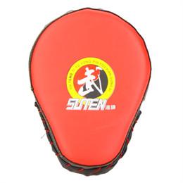 luvas de foco Desconto Venda quente Luvas de Boxe de Couro PU Luva de Boxe Treinamento Alvo Foco Soco Pad Luva para Muay Thai Sanda Chute MMA Taekwondo