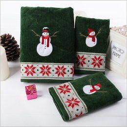 Wholesale Christmas Compressed Towel - 100%Cotton velvet towel Christmas Series 3 pieces set with Christmas snow man super soft hand strong water absorption