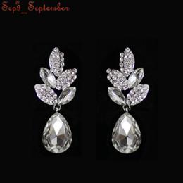 Wholesale Coloured Crystal Chandeliers - Wedding Jewelry Earrings Rhinestone Crystal Dangle Earrings Imitation Rhodium Plated Czech Crystal Earrings For Women 8 colours