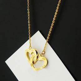 Новое прибытие 316L нержавеющей стали цепи ожерелье с двойной сердца подключения для женщин и День матери подарок ювелирные изделия в 48 см бесплатная доставка P от
