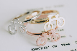 2019 gold ringe besten design 2016 ein neues Modeschmuck-Qualitätskarikatur-Markenentwurfsmodell des Fahrradringes mit freiem Verschiffenmädchen Midi-Fingerring-Festival bestes Geschenk günstig gold ringe besten design