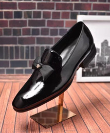 Wholesale Mens Casual Wedding Shoes - New Slip On Designer Genuine Leather Business Dress Loafers Men Shoes Classic Fashion Mens Shoes Casual Oxfords