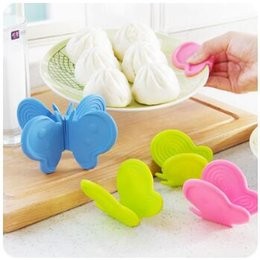 Wholesale Oven Clip - New Creative Kitchen Butterfly Silicone Insulation Against Hot Oven Take Disk Folder Thick Protect Hands Bowl Clip CCA7933 100pcs