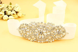 Wholesale Vintage Rhinestone Belts - 2016 New Cheap Dazzing BlingBling Sashes and Belts Bridal Sashes Rhinestone Crystal Beads Vintage For Party Evening Accessories CPA529