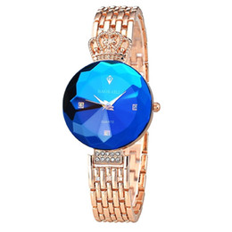 Wholesale Women Chain Wrist Watches - New Fashion Luxury Wrist Watch for Women Ladies Rhinestone Decorated Crown Alloy Chain Quartz Watch