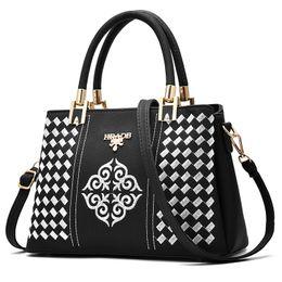 Wholesale Diagonal Bags - Hot New Fashion design brand belt bags Women's leather handbag large handbag shoulder embroidery bag diagonal bag Free shipping 6 color PU
