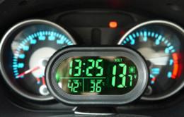 Wholesale Digital Auto Meters - 2V 24V Digital Auto Car Thermometer+Car Battery Voltmeter Voltage Meter+Noctilucous Clock+Freeze Alert VST-7009V M18233 battery powered d...