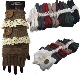 Wholesale Ladies White Gloves Wholesale - Stylish Winter Gloves Warm Crochet Fitness Gloves Women Lace Button Wrist Warmer Ladies Soft White Fingerless Gloves Gants Femme TOP2040
