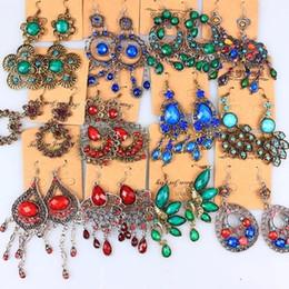2019 edelsteinharz ohrring Gelegentliche Mischung 10 Art 20Pairs / lot Weinlese-tibetanisches Silber / Bronze-Harz-Edelsteintropfen-Ohrringe baumeln Ohrringe günstig edelsteinharz ohrring