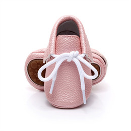 Wholesale Baby Branded Shoes Wholesale - Wholesale- 2017 Spring New Pink candy colors Hard sole Newborn shoes lace-up brand Pu leather baby shoes girls fringe baby moccasins shoes