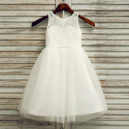 Wholesale Nice Kids Dresses - 2016 Nice Flower Girls Dresses Scoop Neckline Handmade Flowers Kids Wears For Communion Wedding Girls Long Dress