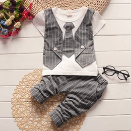 Wholesale Toddler Wedding Clothes Boys - Wholesale- Summer Little Baby Boy striped Vest Tie Suit clothes Sets Formal Party Wedding birthday toddler Outfit short pant set 1 -4 year