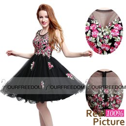 Wholesale Chinese Sexy Photos - LX201BK 2016 New Crew Neck Black Short Homecoming Dresses Chinese Embroidery For Sweet 18 Graduation Dresses Real Image Cocktail Dresses