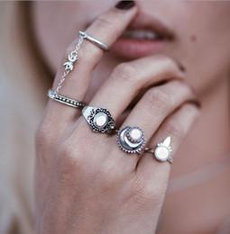 Gioiello in pietra di luna online-Gli anelli midi della luna di stile caldo retro argento placcato dell'argento della pietra preziosa dell'argento delle gemme dell'anello della pietra preziosa dell'anello dei monili di modo i monili superiori di qualità del regalo liberano la nave
