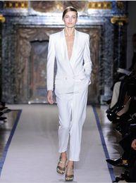 Wholesale Long Sleeve Women Business - 2016 Charming White Women Tuxedos Shawl Lapel Suits For Women One Button Business Women Suits two piece Suit