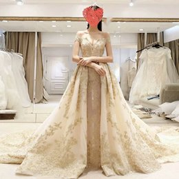 Wholesale Gown Dreses - Off Shoulder Tulle Appliques Gold Sexy Lace Up Beaded Wedding Gown Wedding Dreses Custom Made Chic