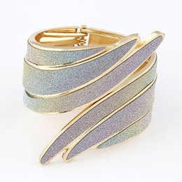 Wholesale Metal Rings Wings - Steampunk Bangle Metal Cuff Bangles for Women 2016 New Angle Wings Wide Bangle Bracelets & Bangles Indian Jewelry Bracelet Femme